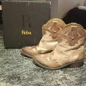 Reba leather cowboy booties gently used with box